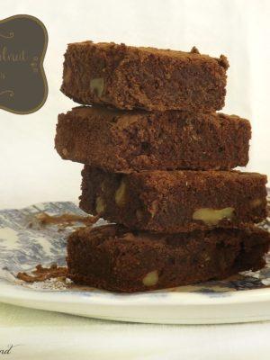 Pronti, partenza, via: brownies vegan al cioccolato e noci