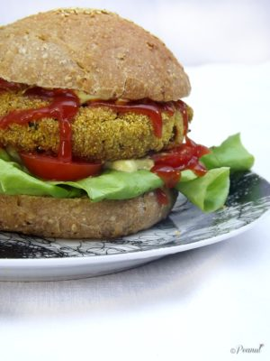 Nuove amicizie. – Introducing Berta: crispy chickpea burger con panini homemade