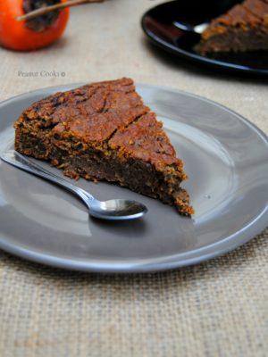 De cibo: le conclusioni definitive. E una torta di cachi, nocciole e cioccolato fondente per accompagnare il tutto.