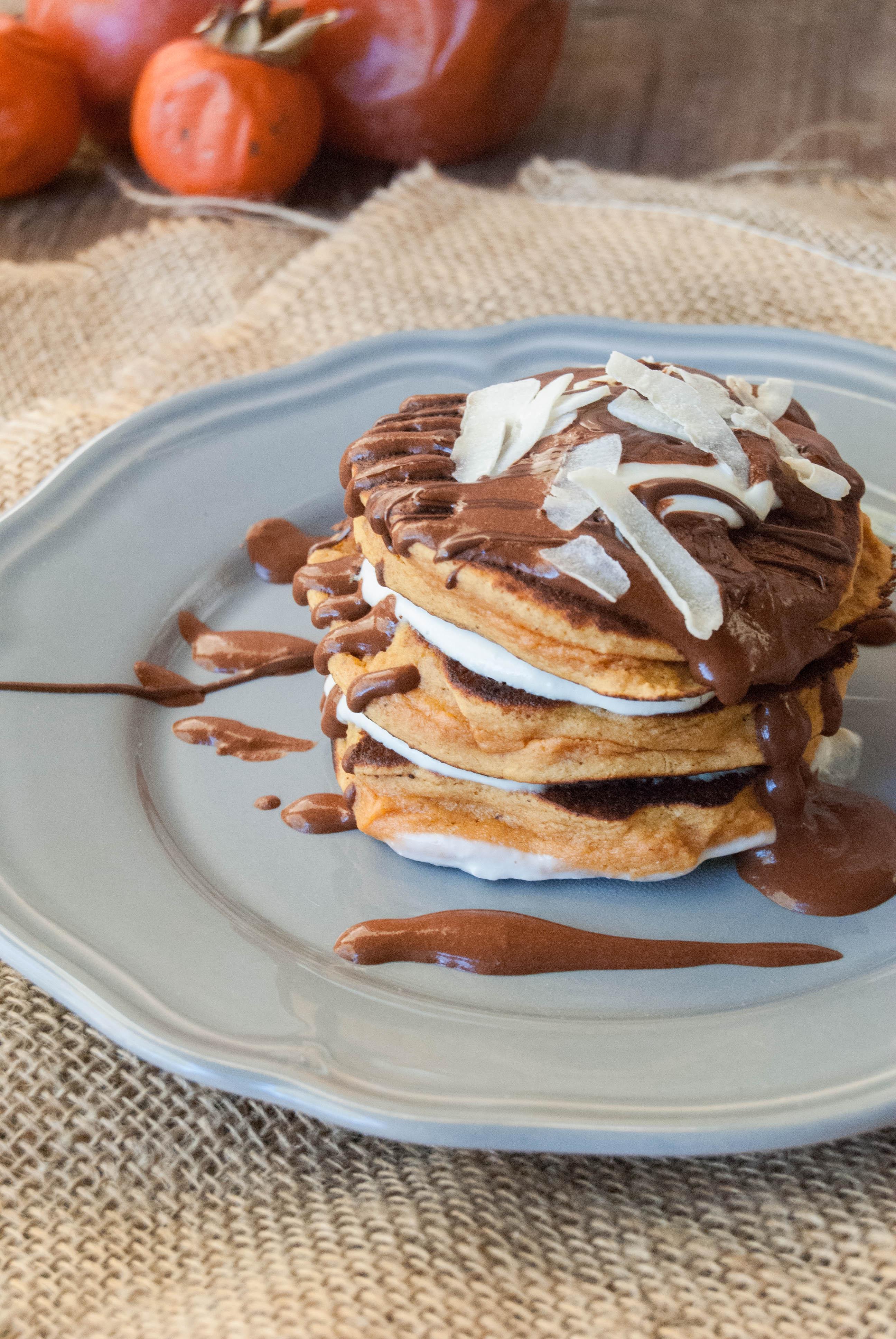 Pancakes low carb cachi farina di chufa e lenticchie